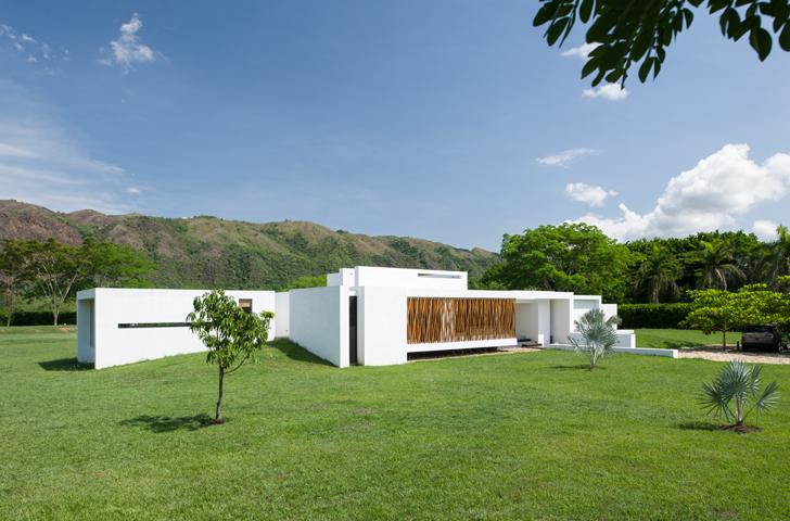 Casa de descanso minimalista - Casas enterradas ...
