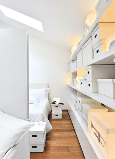 Imágenes surrealistas y diseños fantásticos decoran los 16 tipos de habitaciones inspiradas en los sueños.