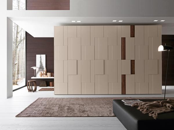 Línea de armarios de la firma italiana Presotto creada por Pierangelo Sciuto. El diseño se destaca por el juego geométrico de las puertas.