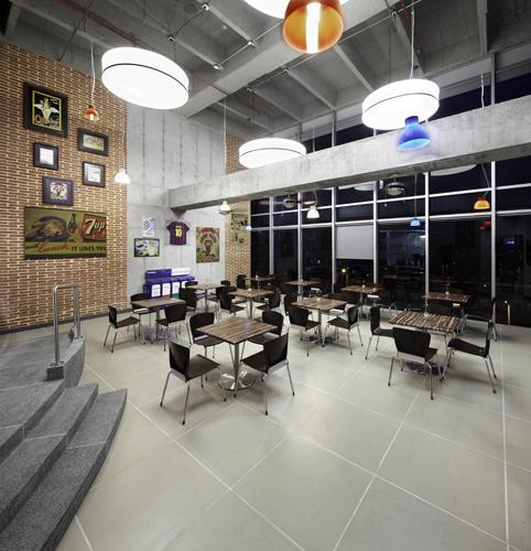 Pepsico. Diseño y construcción: HGC Arquitectos