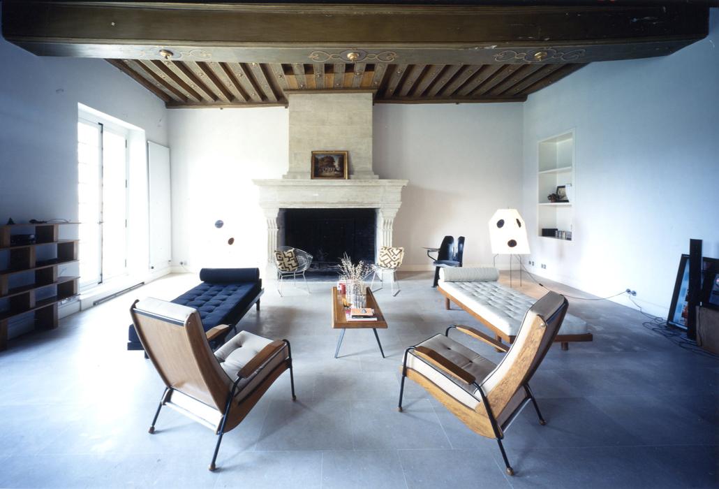 """El salón de la casa de los arquitectos Massimiliano y Doriana Fuksas en la exhibición """"Where architects live"""