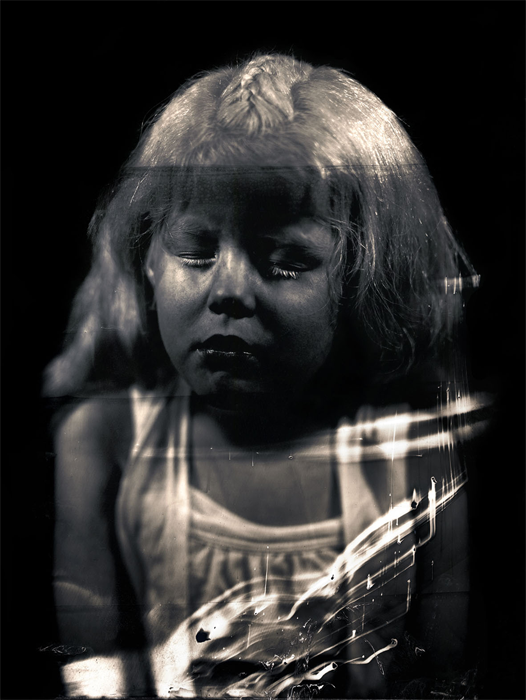 Obra de la serie AMPO por el artista colombiano Javier Vanegas, 2012.