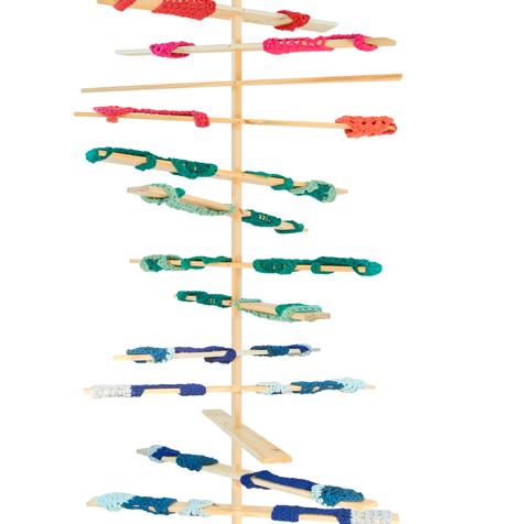 Pieza de la exposición ADN Textil, organizada por la firma By Kamy, en el Design Weekend Sao Paulo, 2014.