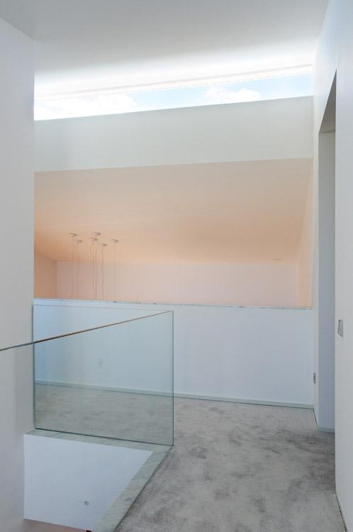 Interior de la casa CRR de TASH en Toledo, España.