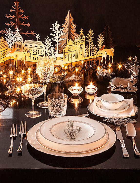 Ideas para decorar una mesa original para navidad y fin de a o - Decoracion mesa nochevieja ...