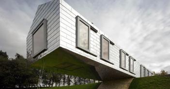 Blancing barn por el estudio MVRDV, fundado por el arquitecto holandés Winy Maas, invitado a la XIX Bienal de Arquitectura y Urbanismo de Chile, 2015.