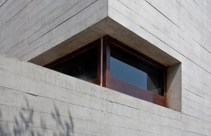 Capilla de la piedra, por la firma brasileña de arquitectura Nomena, participantes de la Bienal de Arquitectura Latinoamericana 2015.