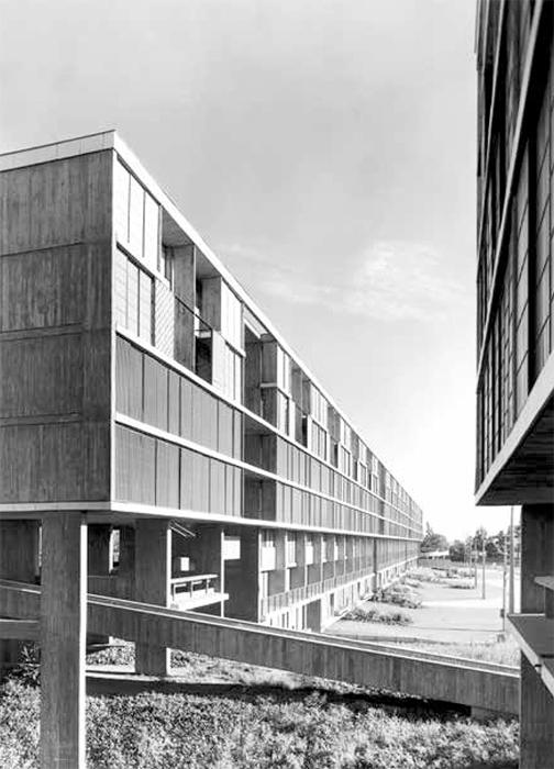 Complejo residencial Unidad vecinal portales, en Santiago de Chile. Parte de la exposición Latinoamérica en construcción exhibida en el MoMA, 2015.