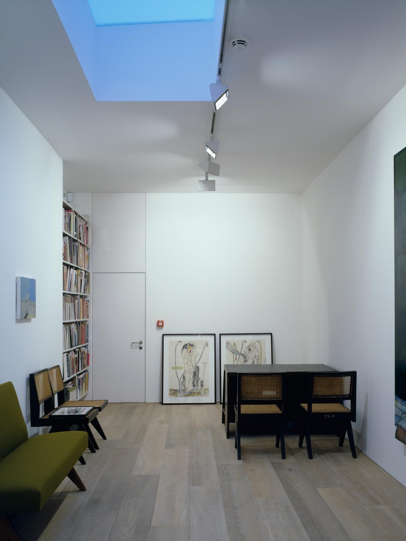 Modern Art gallery,  Fitzrovia, Londres, 2008.