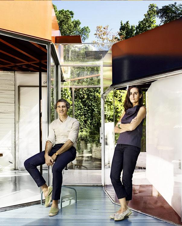 Los arquitectos españoles, José Selgas y Lucía Cano, de la firma SelgasCano. foto: ©Iwan Baan.