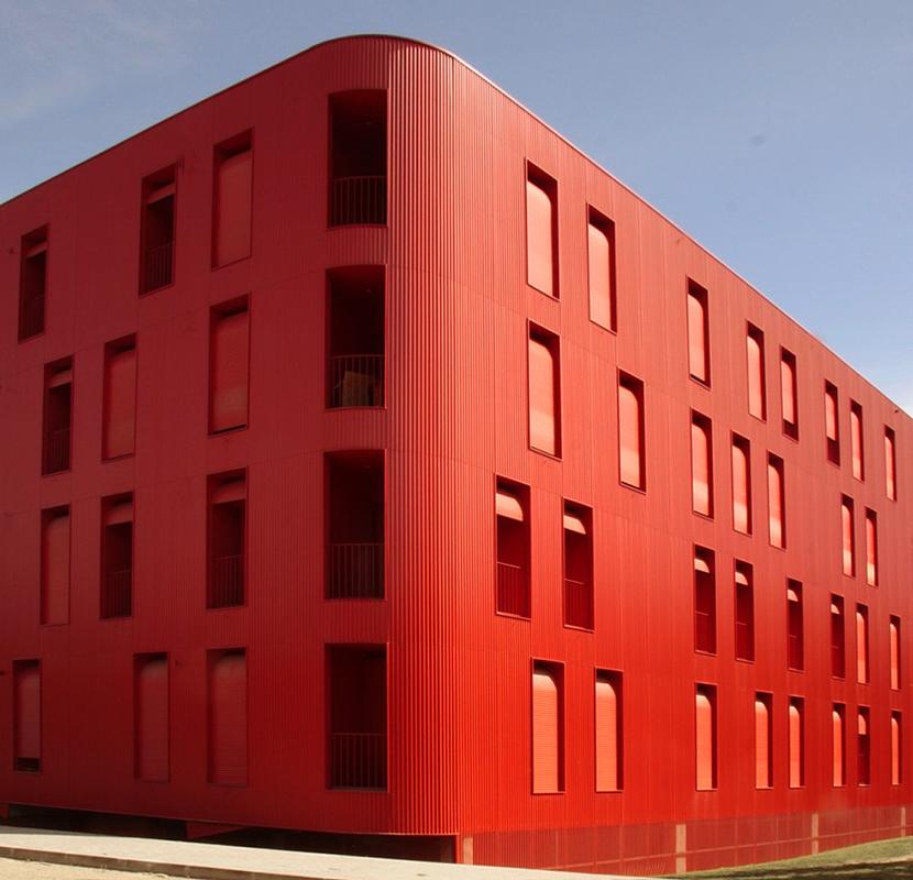 Proyecto Edificio Flex Rojo del estudio Cerejeira Fontes.