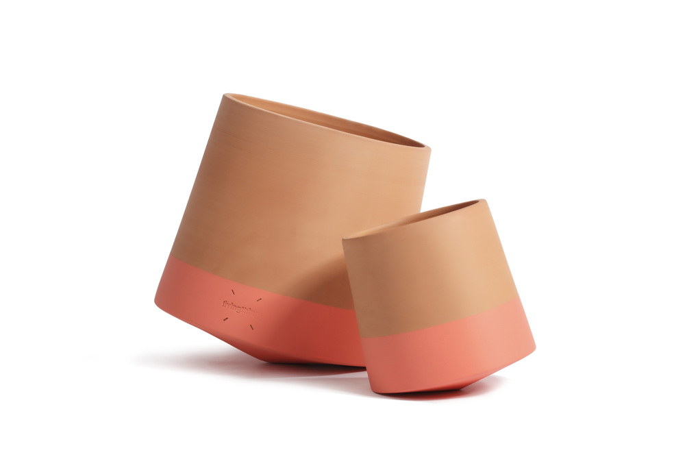 The rolling flower pot, premiado con el Red Dot Award: Product Design 2015.