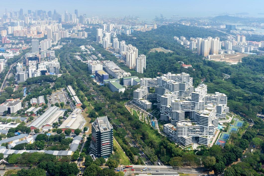 Panorámica desde el aire del complejo residencial The Interlace. Foto: OMA/Buro Ole Scheeren