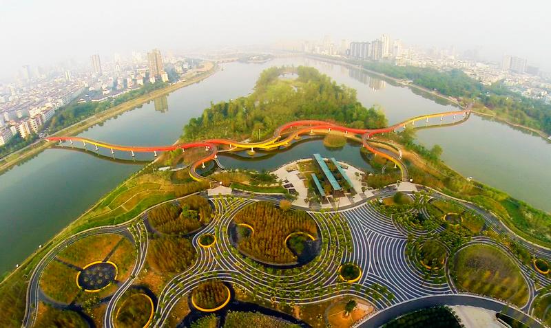 El puente rodea tres ríos chinos. Foto: Turenscape.com