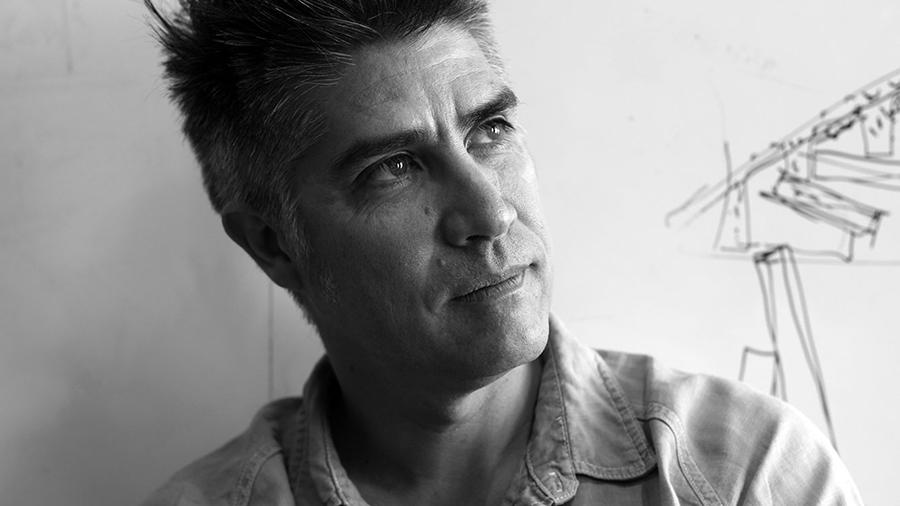 Alejandro Aravena. Imagen tomada de: http://himawari8.com.br.