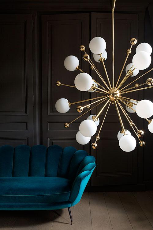 Magic Circus es una casa de diseño de origen francés, a menos de un año desde su nacimiento, Marie-Lise Ferry a posicionado su marca de luminarias con diseños futuristas de estilo vintage.
