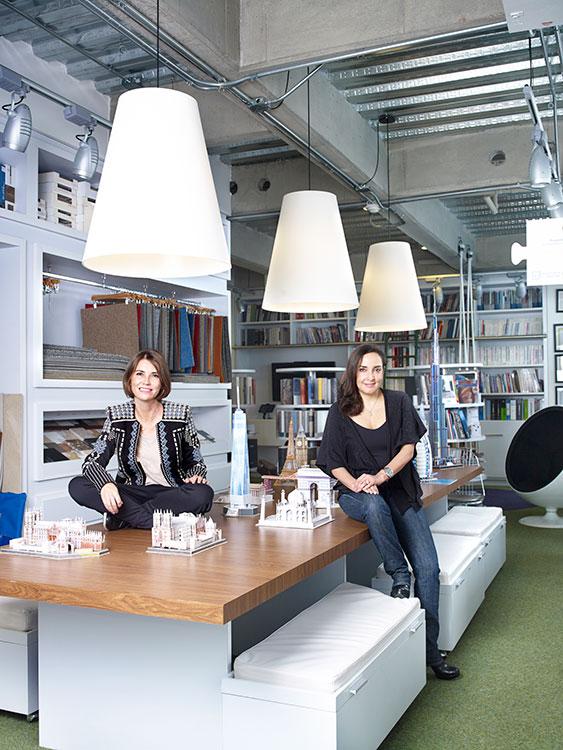 Marta Gallo y Juliana Fernández.