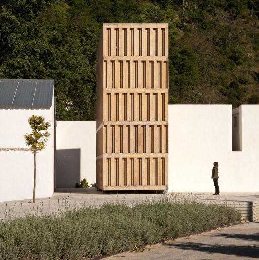 Museo del Agua en Lanjarón, España. Diseño: Juan Domingo Santos.