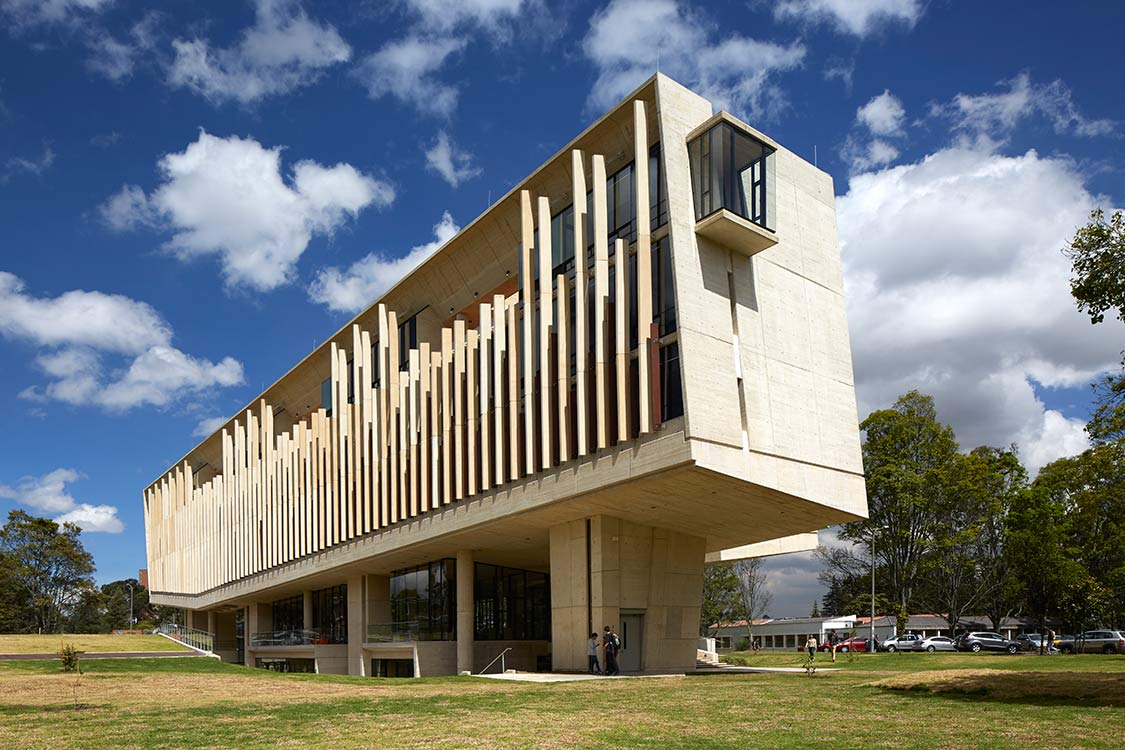 La universidad nacional de colombia un campus con historia for Arquitectura de interiores universidades