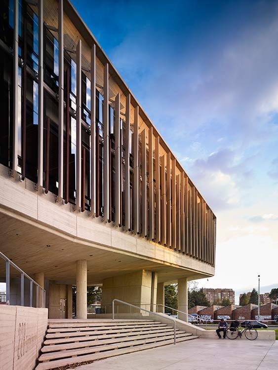 edificio-de-enfermeria-universidad-nacional-revista-axxis-8