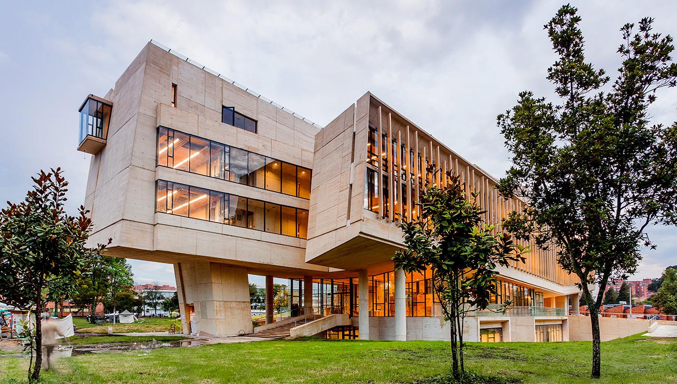 arquitectura galardonada nueva facultad de enfermer a de
