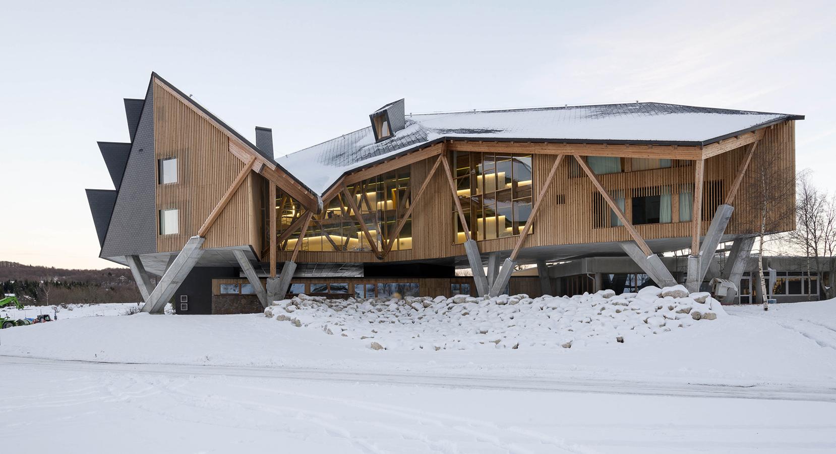 Hotel Slow Horse diseñado por Elasticospa.