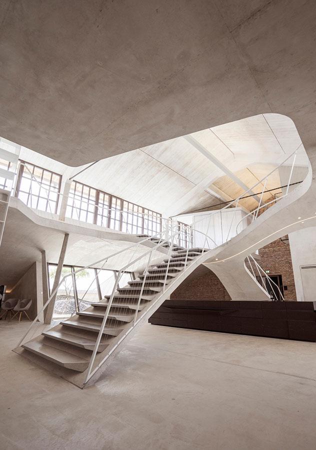 Loft Panzerhalle de Smartvoll Architekten. Ganador en la categoría interiores residenciales.