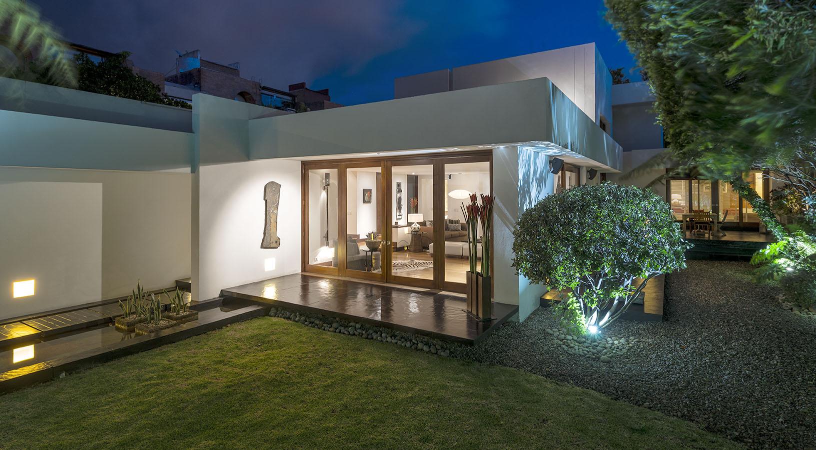 Contraste De Climas En Casa Bogotana