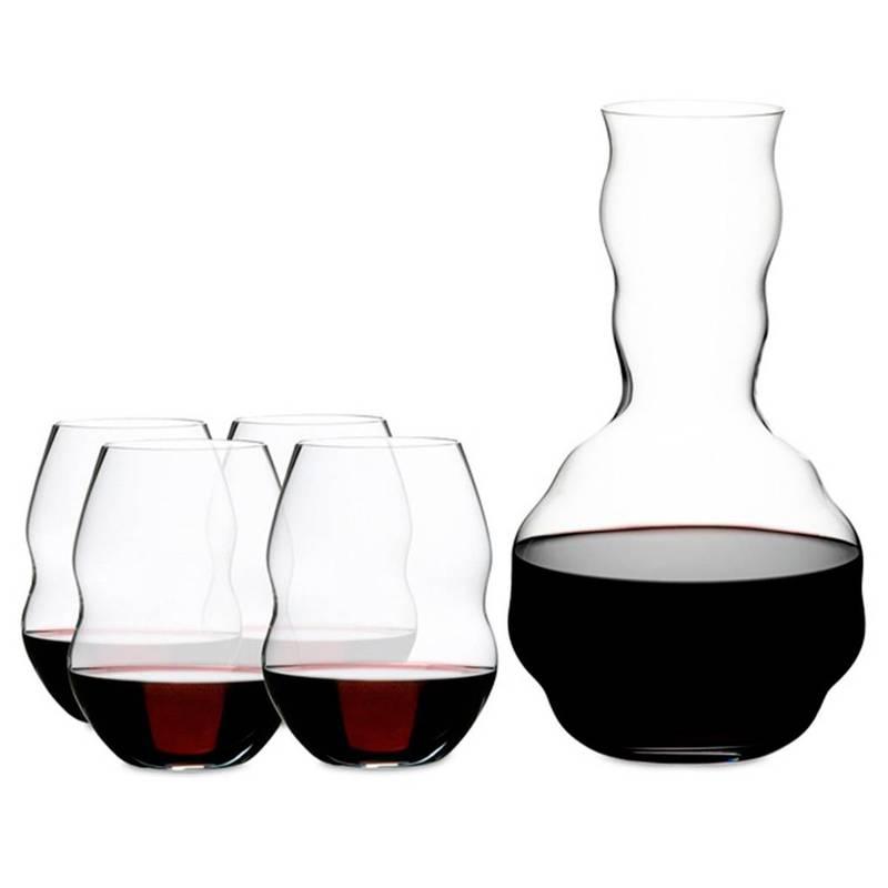 Set 4 vasos de cristal + Decanter Swirl de RIEDEL. Disponible en Tienda Axxis.