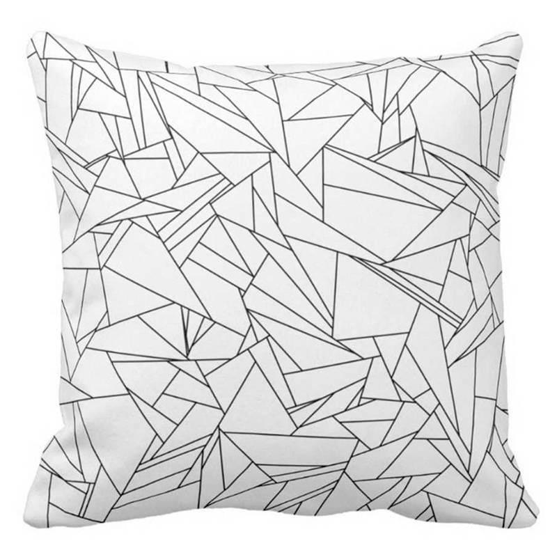 Cojín Lovely Home Origami de 460Studio, Disponible en Tienda Axxis.