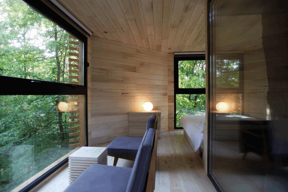 rbol con casa la caba a de atelier lavit en francia. Black Bedroom Furniture Sets. Home Design Ideas