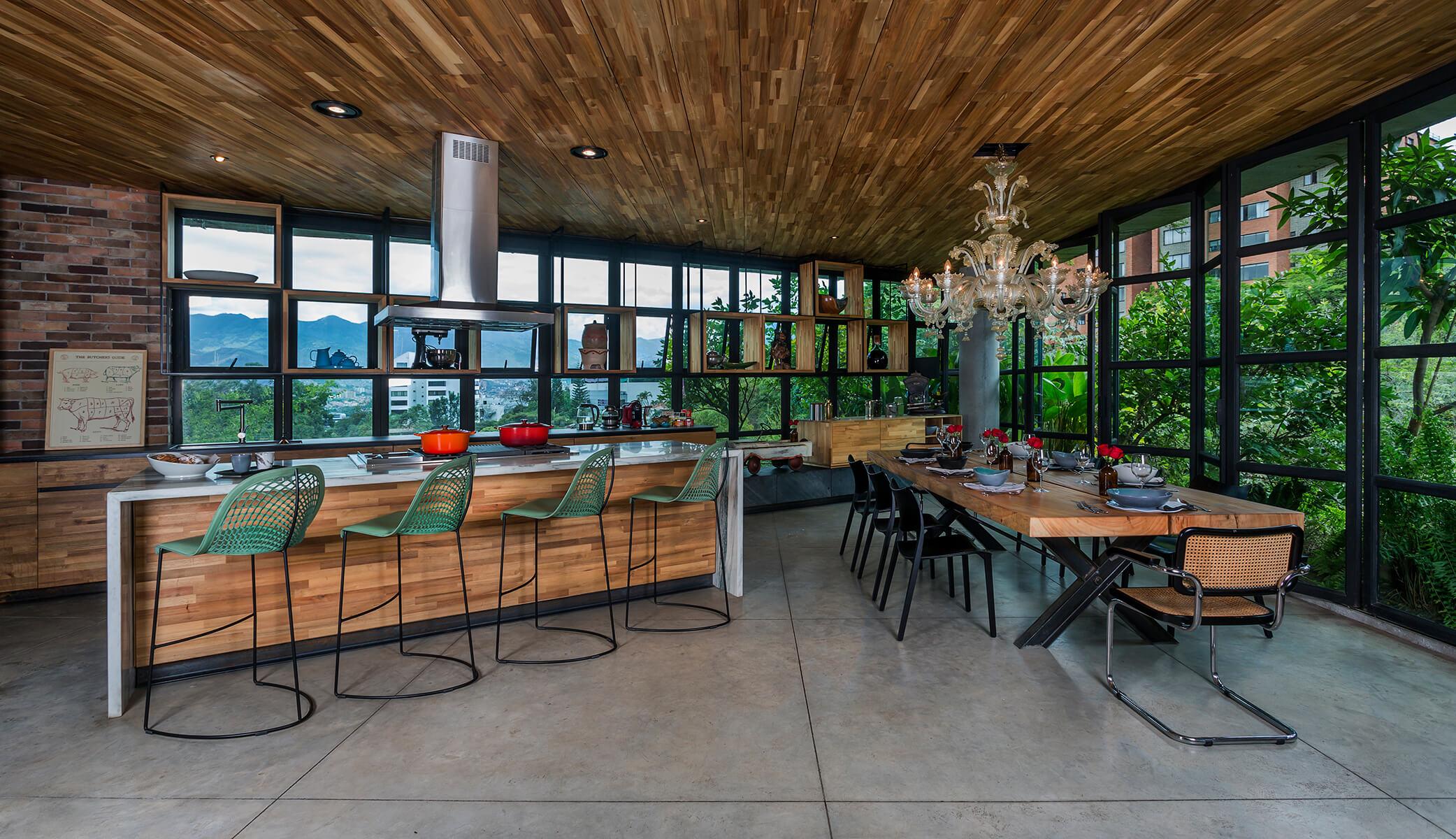 <a href='https://revistaaxxis.com.co/entre-la-cocina-y-el-jardin-la-casa-de-un-chef-en-medellin/'><h2>Entre la cocina y el jardín</h2>Pensado para un reconocido chef de Medellín, este proyectose vale del interiorismo para integrar en un solo lugar la esencia de la casa,un espacio de trabajo, un taller de cocina y una finca campestre.</a>