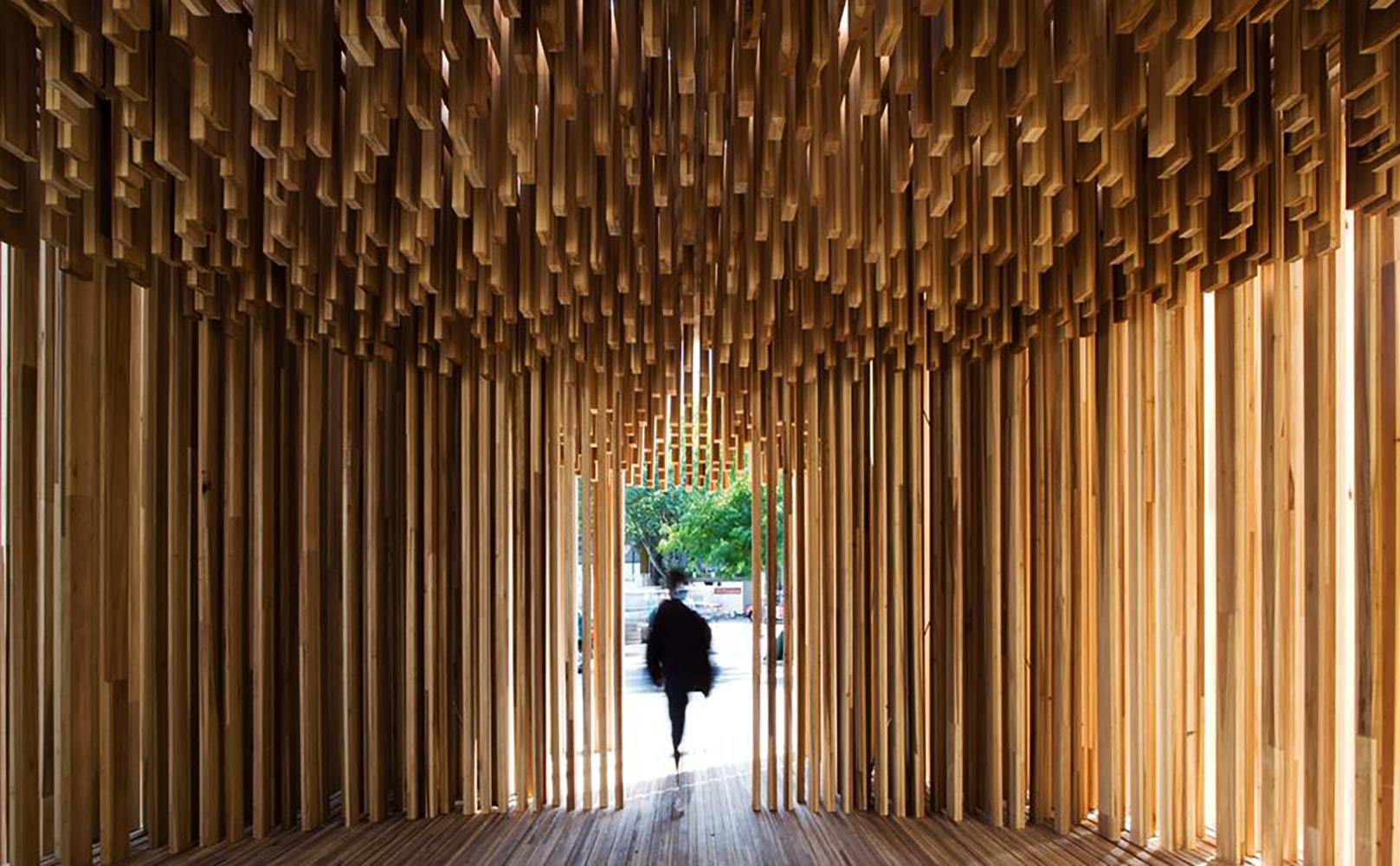 <a href='https://revistaaxxis.com.co/haciendo-memoria-david-adjaye-en-design-museum/'><h2>Haciendo memoria, David Adjaye en Design Museum</h2>¿Cómo puede un edificio dar forma a nuestra percepción de los eventos y cómo puede usarse la arquitectura, en lugar de las palabras, para contar historias?</a>