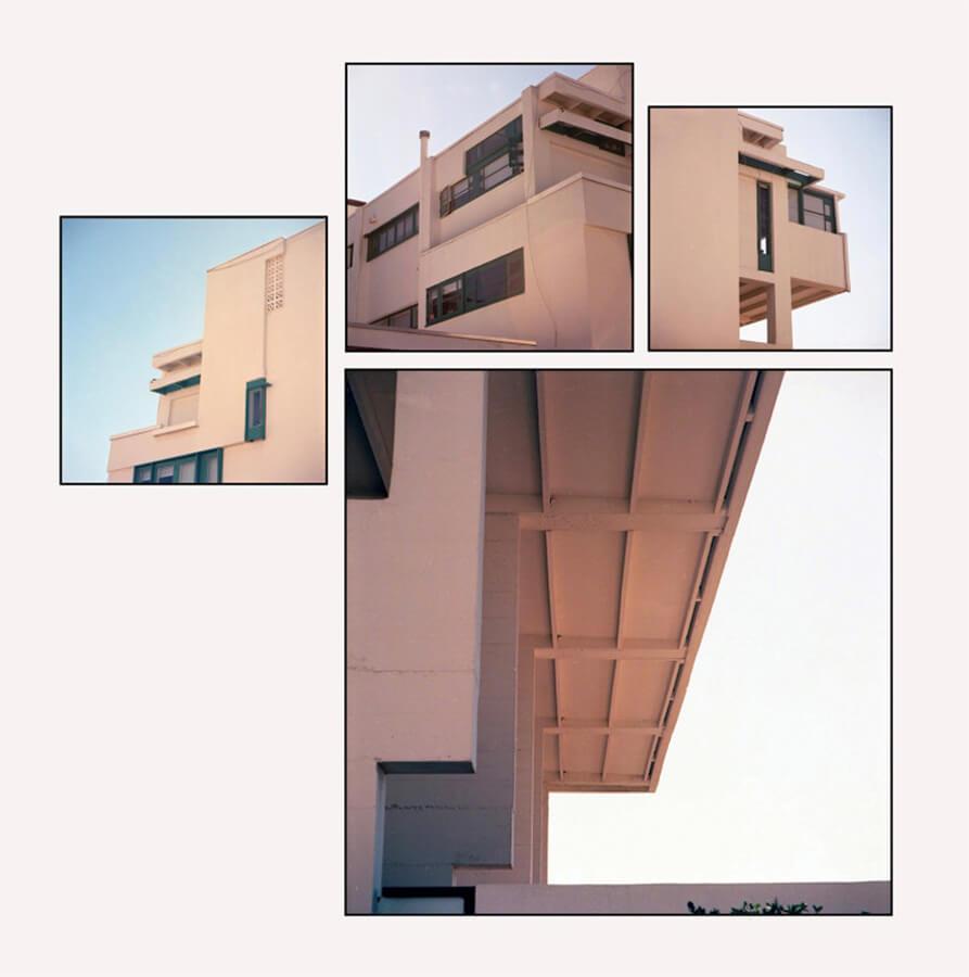 Casa de playa  Lovell Newport  de R.M. Schindler, (1926) Newport, Cailifornia Paparazza Moderna serie, 2011–2018