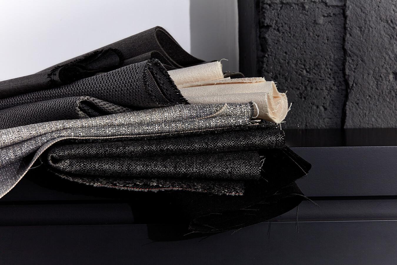 Colección de tapicería europea de Sunbrella, disponible en Colombia.